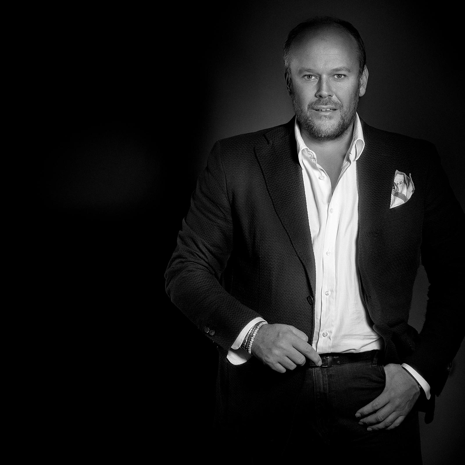 Rozhovor se zakladatelem a prezidentem Asociace vizážistů a stylistů Petrem Lukešem