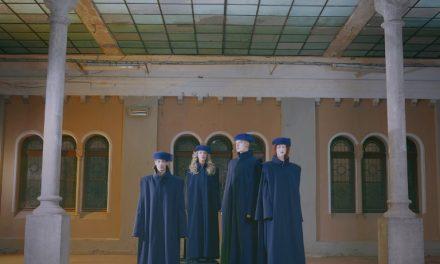Vysoká škola uměleckoprůmyslová (UMPRUM) – taláry od Liběny Rochové
