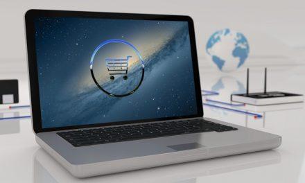 Přísnější pravidla pro on-line platby platí již čtvrt roku