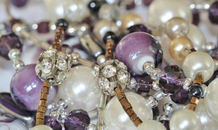 Kolumbijská bižuterie zná český korálek i krystal