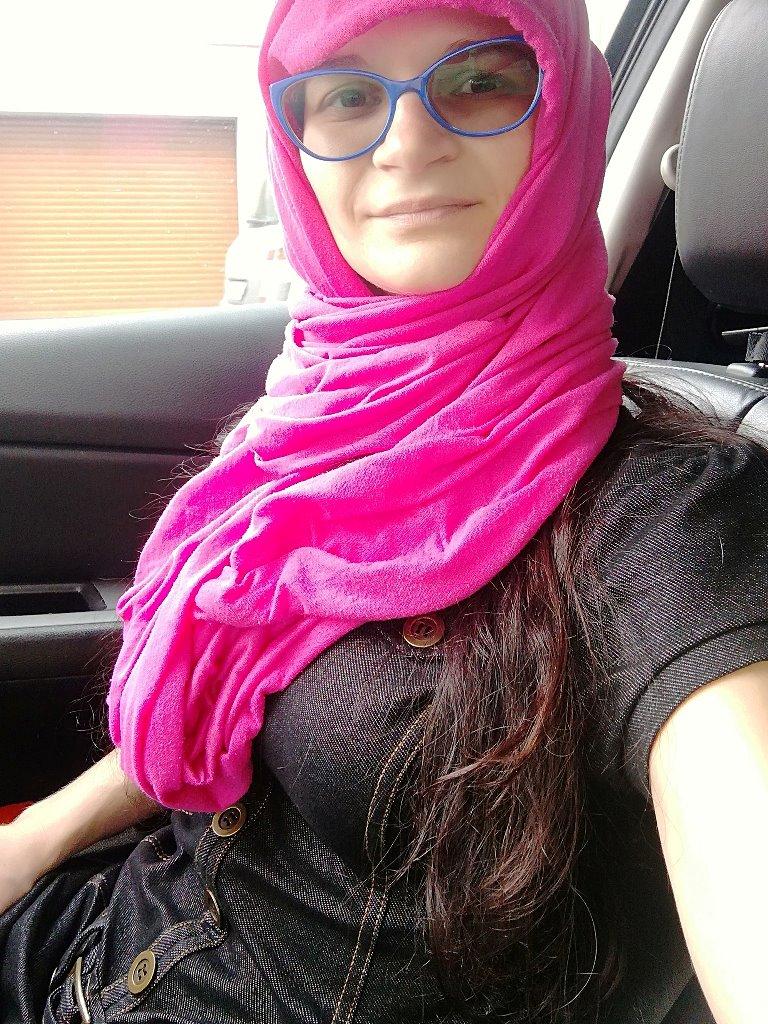 Šátek jako ochrana před klimatizací