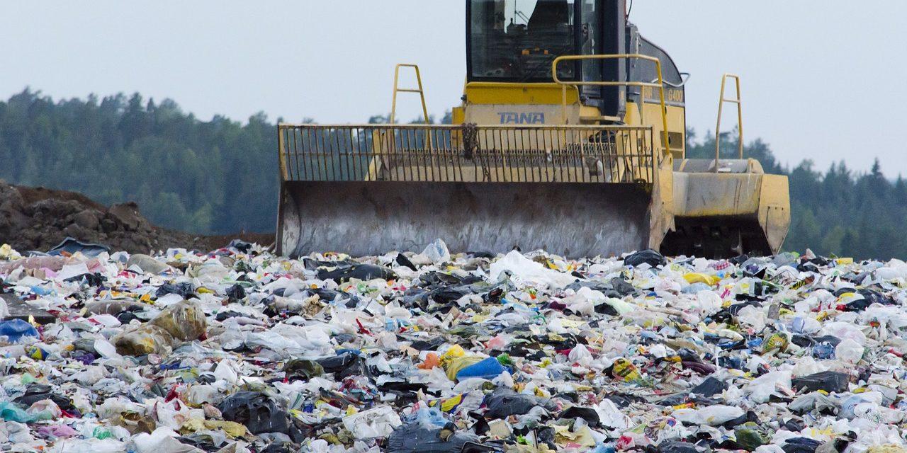 Jak zbytečně nevytvářet textilní odpad?