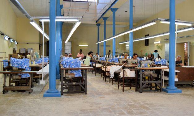 Srí Lanka – pracovníci oděvních továren volají po převzetí odpovědnosti